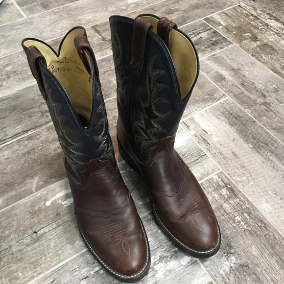 e08ed221f3cc9 Laredo Shoes   Mens Boots Size 10   Poshmark
